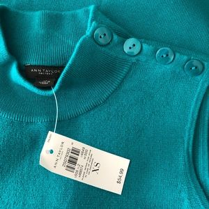 Ann Taylor Turtleneck Mock Neck Sleeveless Sweater